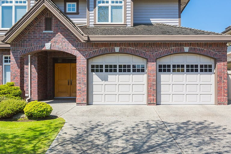 Commercial and residential garage door repair differences in Mississauga